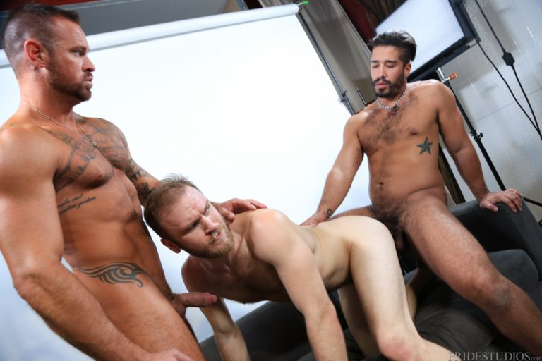 Men Over Our Photographer Is Hot Gay Crushes Realgfporn 1
